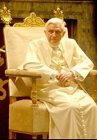200px-Pope_Benedictus_XVI_january,20_2006_(2).jpg