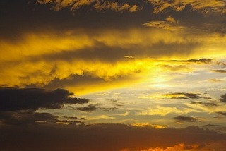 5883742乳房雲と太陽柱 - コピー.jpg