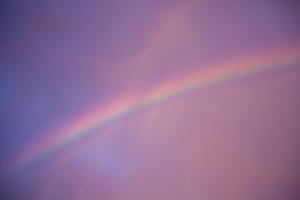 朝焼けと虹.jpg